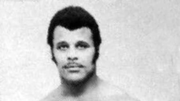 220px-Rocky_Johnson_-_29_december_1975_-_WRESTLING_PROGRAM_NORTH_SIDE_COLISEUM_(cropped)