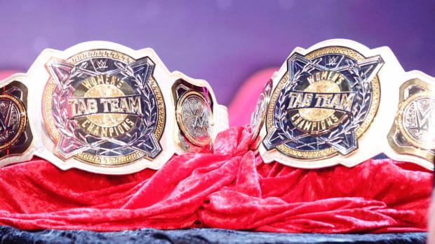 wwe-womens-tag-titles