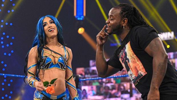 Sasha-Banks-and-Reginald-24ee