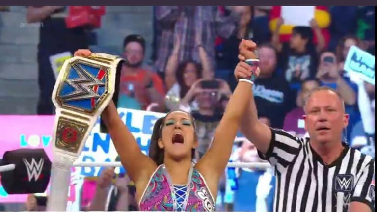 Charlotte Defeats Becky Lynch To Capture The Smackdown Women's Championship, Bayley Cashes In On Charlotte