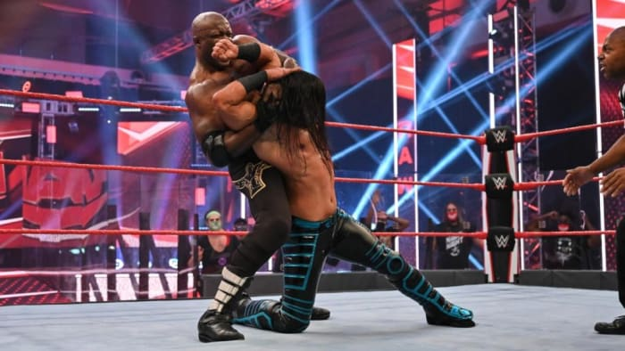 Last week everyone was very excited about the return of the high-flying Mustafa Ali. However this week the momentum he had built was quickly buried when Bobby Lashley dominated Ali. The match itself consisted of Lashley throwing Ali around the ring the majority of the time. Eventually Lashley got Ali in the full nelson forcing Ali to tap out. I was looking forward to seeing a revamped Ali now he has returned but it doesn't seem like much has changed in terms of his booking. I like the idea of Bobby Lashley becoming more of a dominant character in the ring and adding credibility to the Hurt Business but my issues lies with it being at the expense of Mustafa Ali. Let's see how this develops over the coming weeks and if Mustafa Ali can regain some of his momentum.