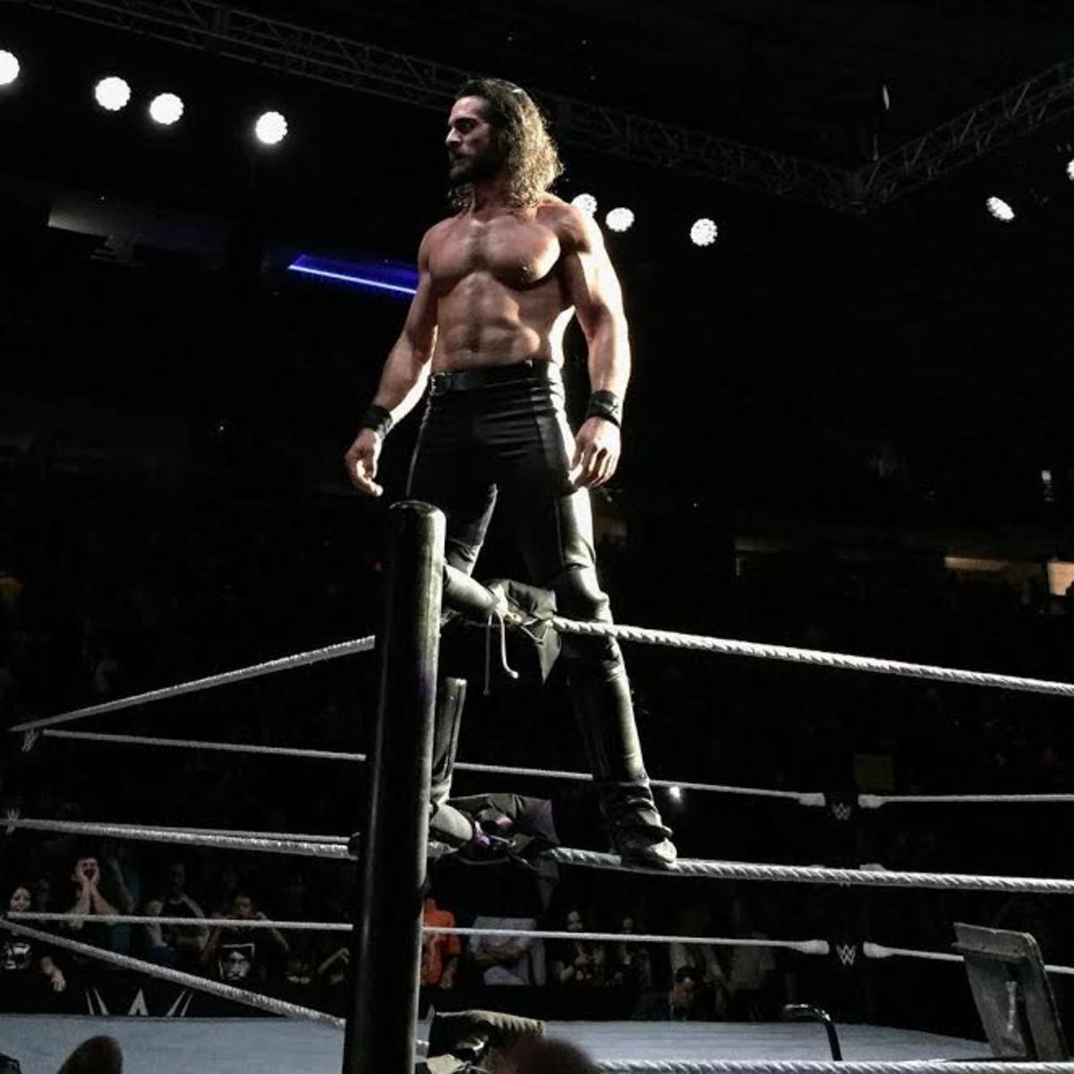 Seth Rollins live