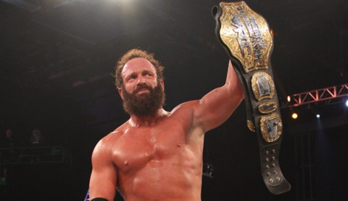 Eric Young World Champ