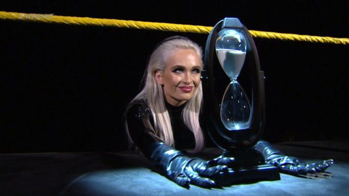 Scarlett-Bordeaux-confronta-a-Adam-Cole-en-WWE-NXT-678x381