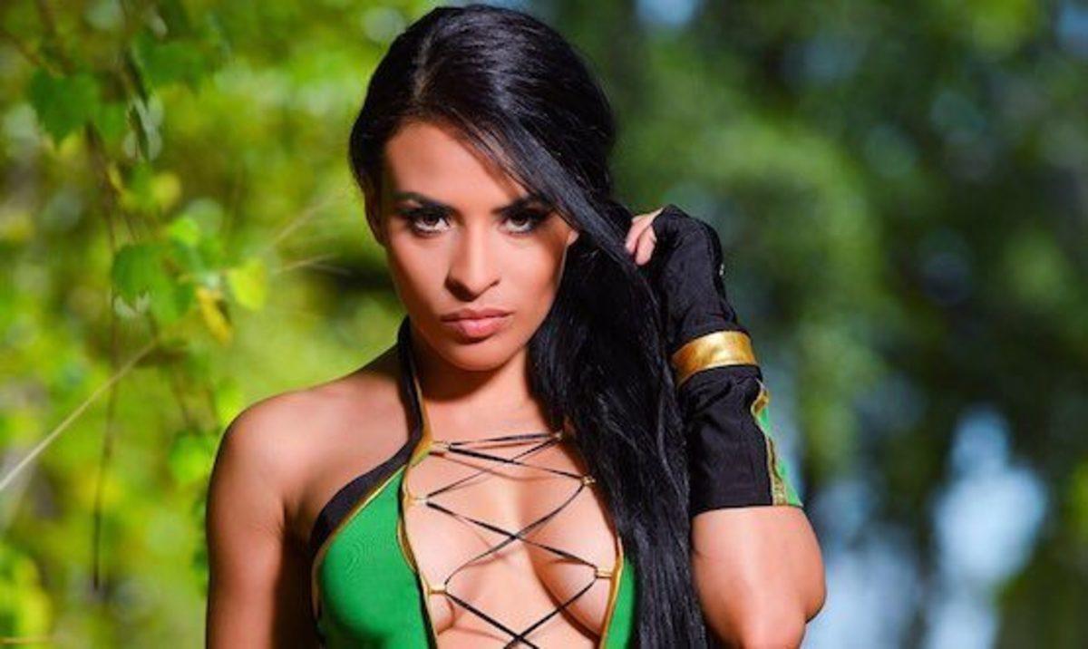 Zelina Cosplay